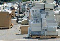 Reciclaje inútil electrónico Foto de archivo libre de regalías