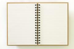 Recicle el cuaderno de papel abren dos paginaciones Imagen de archivo