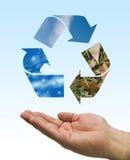 Recicle la mano Imagen de archivo