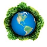 Recicle o logotipo com árvore e terra O globo de Eco com recicla sinais Planeta da ecologia com com as árvores ao redor Terra de  Fotografia de Stock Royalty Free