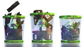 Recicle, os teclados, o USB, a tevê e as câmeras caindo em um escaninho de lixo contra o branco, metragem conservada em estoque ilustração stock