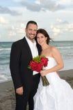 Recienes casados felices Imagen de archivo