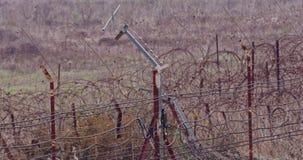 Recinto del confine fra Israele ed il Libano filo spinato e recinto elettronico