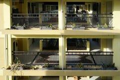 Recinto del corridoio dell'appartamento al giorno Immagini Stock Libere da Diritti