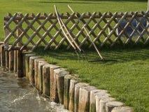 Recinto del giardino e riparazione della riva Fotografie Stock Libere da Diritti