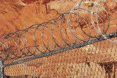 Recinto di filo metallico del rasoio. Fotografie Stock Libere da Diritti