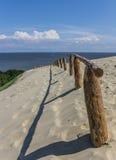 Recinto di legno sull'più alta duna dello sputo curonian Fotografia Stock