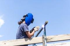 Recinto femminile della riparazione del saldatore Fotografia Stock Libera da Diritti