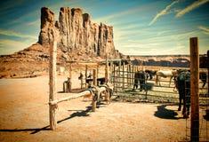 Recinto per bestiame occidentale e paesaggio d'annata Immagine Stock Libera da Diritti