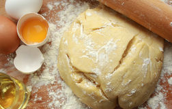 Recipe for fresh and healthy pasta. The dough is made from eggs, flour and olive oil Royalty Free Stock Photography