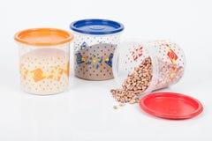 Recipiente di plastica con alimento immagine stock libera da diritti