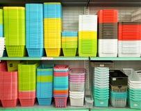Recipiente di plastica multicolore di marca di DAISO Immagine Stock
