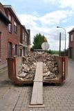 Recipiente waste da construção Fotos de Stock