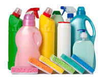 Recipientes coloridos de fontes de limpeza Imagens de Stock Royalty Free