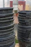 Recipientes de jardinagem do plástico grande empilhados em se Imagem de Stock Royalty Free