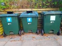 Recipientes para classificar o lixo Fotografia de Stock Royalty Free