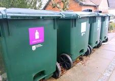 Recipientes para classificar o lixo Imagens de Stock Royalty Free
