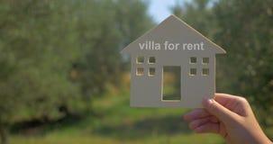 Reclame van villa voor huur stock footage
