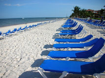 Recliners de plage Image stock