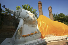 Reclining of buddha, Ancient temple Ayudhaya-Wat Yai Chai Mongkol at thailand Royalty Free Stock Photography