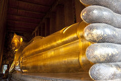 Reclining Buddha Golden_Wat Arun Royalty Free Stock Images