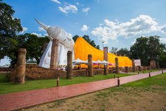 Reclining Buddha in thailand. Reclining Buddha is respect for people in thailand Royalty Free Stock Photos
