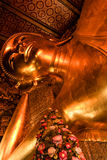 Reclining buddha within the Wat Pho Stock Photos