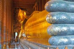 Reclining buddha, watpho, bangkok Arkivfoton