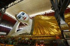 Reclining buddha yangon Royalty Free Stock Photography