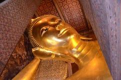 reclining för buddha bild arkivfoto