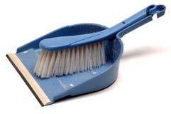 Recogedor de polvo y cepillo Imagen de archivo libre de regalías