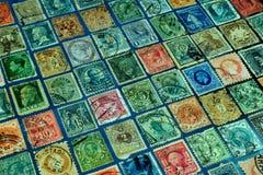 Recogida de la filatelia y estudio de los sellos, de la historia y del desarrollo de la comunicación postal imágenes de archivo libres de regalías