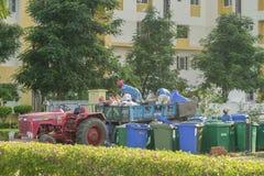 Recogida de residuos Foto de archivo libre de regalías