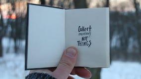 Recoja las cosas de los momentos no Idea del viaje Libro y texto metrajes