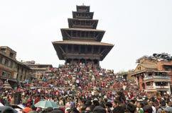 Recolectando en el cuadrado de Katmandu Durbar en el festival, Nepal Fotografía de archivo