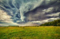 Recolhendo a tempestade fotos de stock