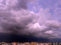 Recolhendo a tempestade Imagens de Stock Royalty Free