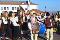 Recolhimento local dos povos para a celebração de Surva Foto de Stock