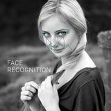 Reconocimiento de la cara femenina Verificación e identificación biométricas Fotografía de archivo libre de regalías
