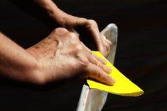 Reconstituez une vieille planche à roulettes Image stock