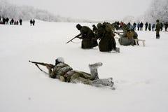 a reconstrução Militar-histórica 'a descoberta do bloqueio de Leninegrado na área do Nevskaya Dubrovka 'era i guardado fotos de stock