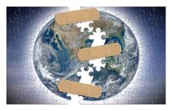 Reconstrua nosso mundo - imagem do conceito com elementos da NASA na forma do enigma de serra de vaivém foto de stock