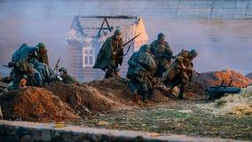 Reconstrucción de la batalla durante los eventos dedicados Foto de archivo