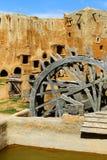 Reconstrucción del sistema de abastecimiento antiguo del agua en la capital antigua de los Tártaro-Mongols de Sarai Batu Foto de archivo