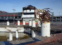 Reconstrucción del terremoto de Christchurch - escultura de la demolición en alto S Fotografía de archivo