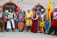 Reconstruction historique des costumes bulgares médiévaux Photographie stock libre de droits
