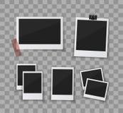 Recorde cada momento Ajuste fotos do vetor sticked para baixo com fita de papel ou clipe Fotos retros em transparente Fotos de Stock
