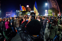 Recording the 2015 November demonstrations in Bucharest Royalty Free Stock Photography