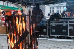 Recordist sano su un fuoco Fotografia Stock Libera da Diritti