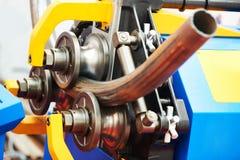 Recourbement de tube Machine industrielle d'?quipement de cintreuse pour le recourbement de tuyau en m?tal photos stock